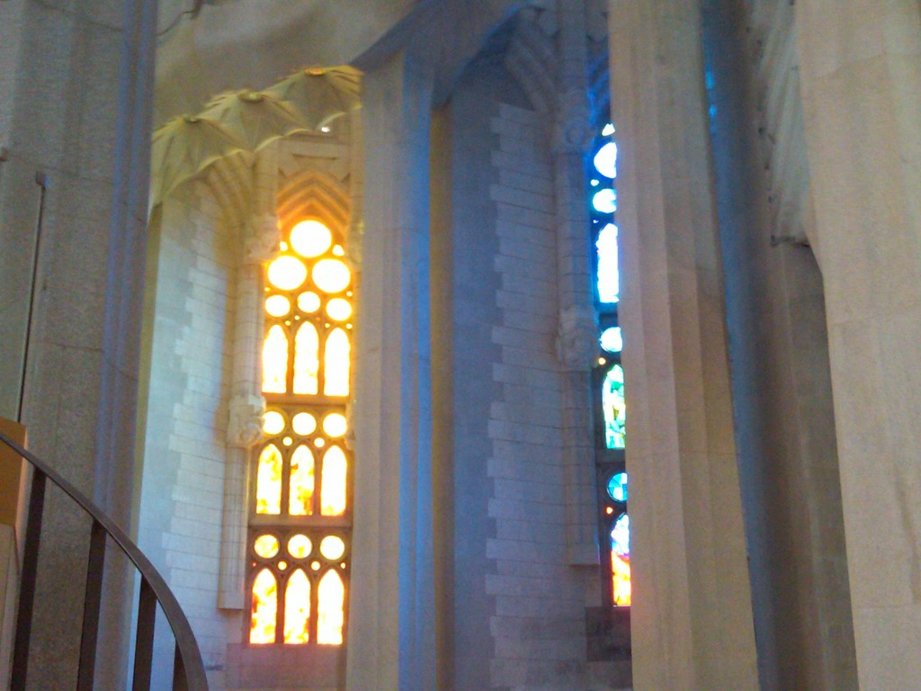Barcelona-SagradaFamilia-Glass3