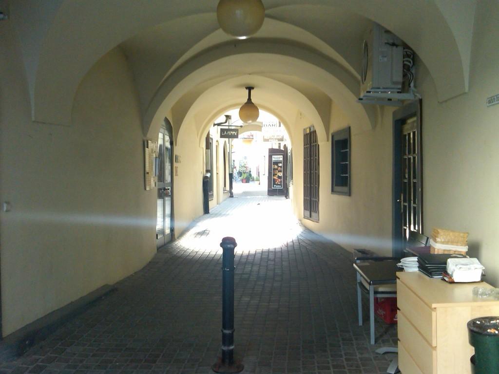 Bratislava-Alleys2