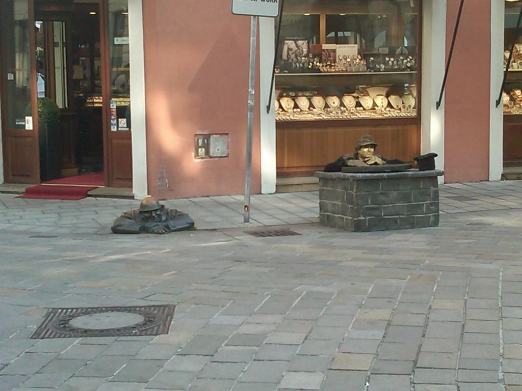 Bratislava-StreetPerformers