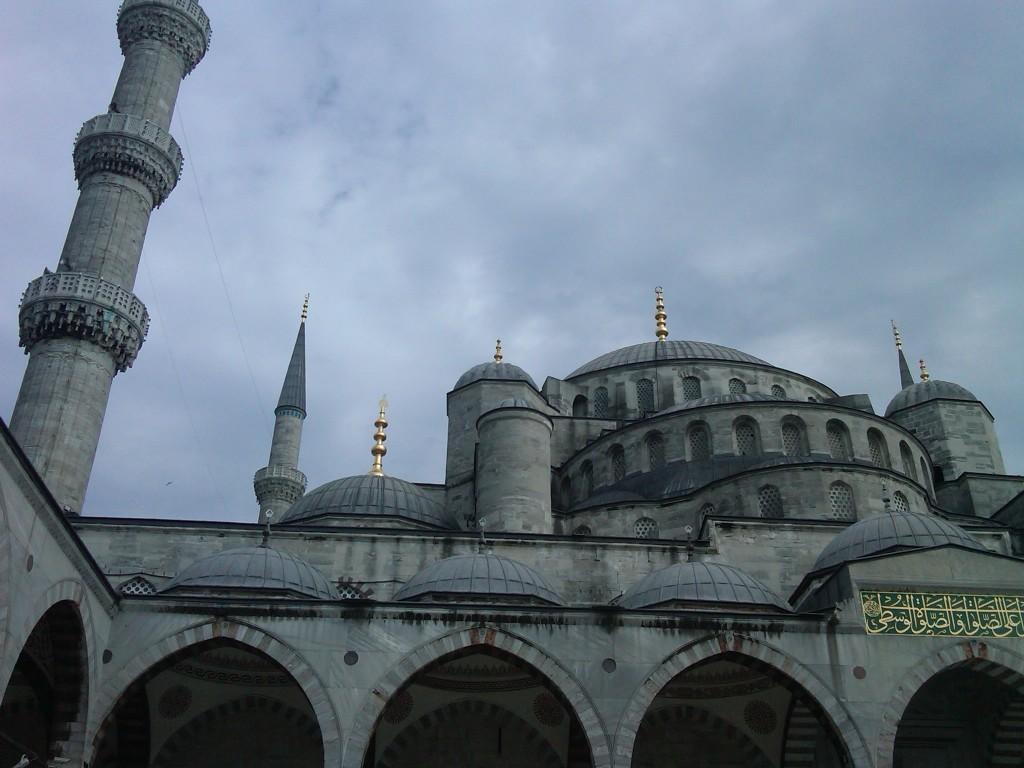 Istanbul-BlueMosque3