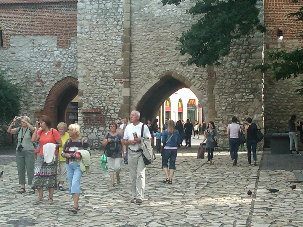 Krakow-Barbican2