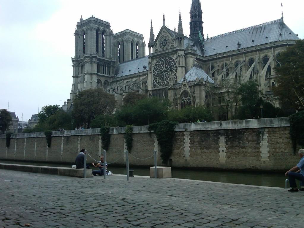 Paris-2NotreDame1