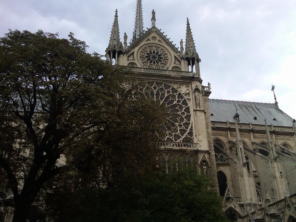 Paris-2NotreDame11