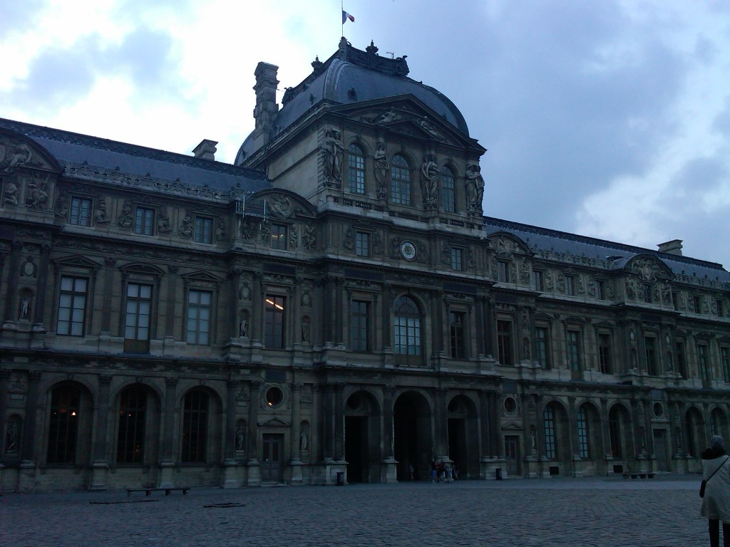 Paris-Louvre2