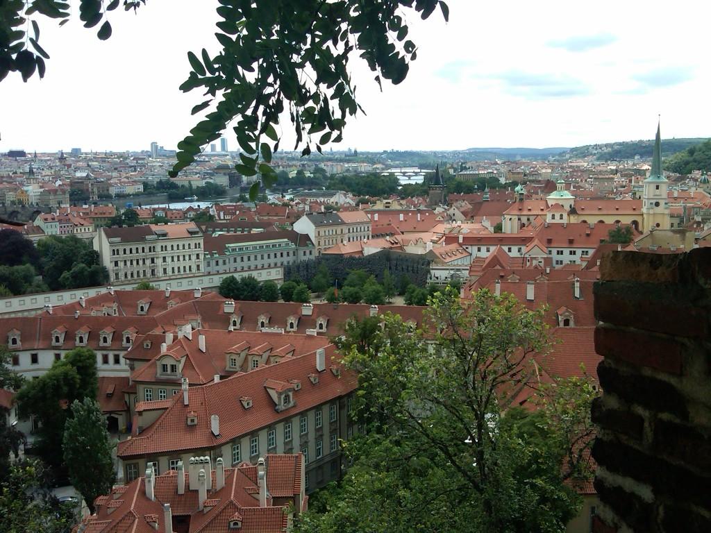 Prague-CastleView1