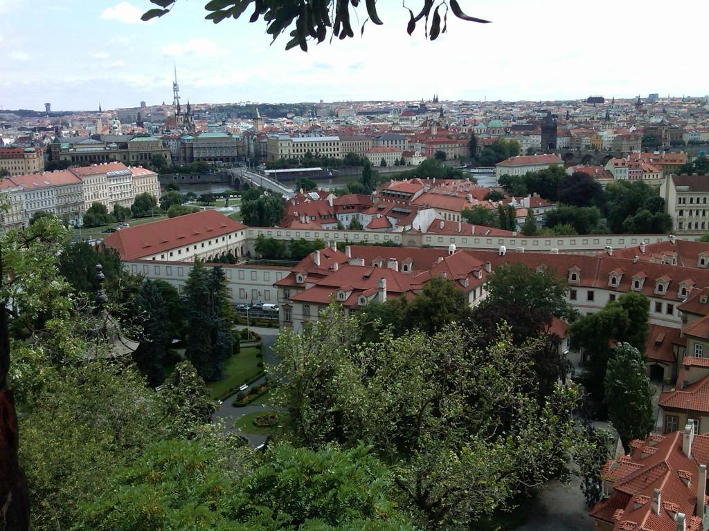 Prague-CastleView2