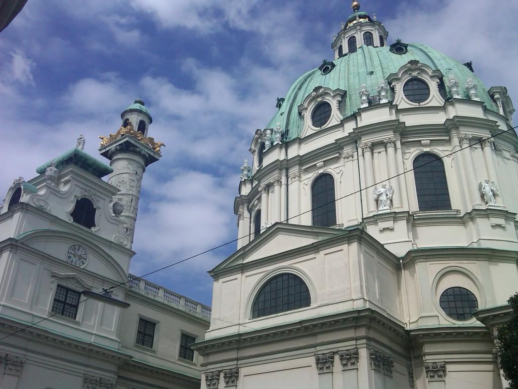 Vienna-Karlskirche4
